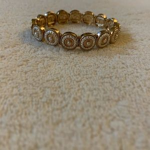 Beautiful white and gold detailed bracelet